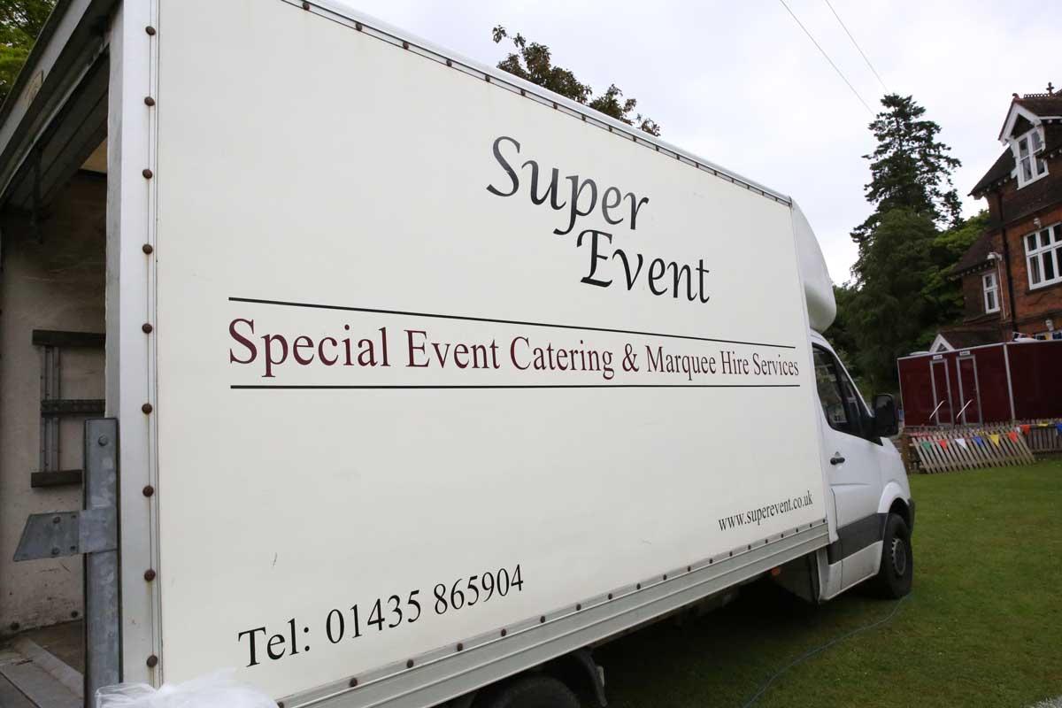 Wedding Marquee Hire in Surrey   Hiring Marquees in Surrey   Super Event